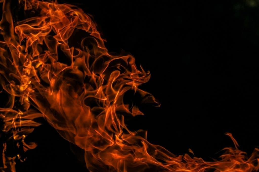 להבות אש
